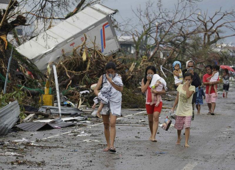 Taifun_Hayan_11
