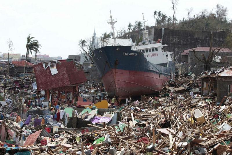 Taifun_Hayan_9